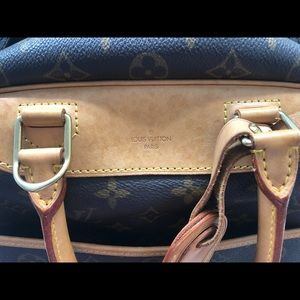 Louis Vuitton Bags - Authentic Louis Vuitton Monogram Deuville Bag